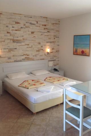 hotel-plaka-naxos-02