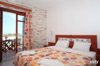 plaka-hotel-1-naxos-01