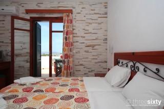 plaka-hotel-1-naxos-02