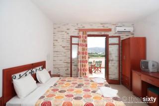 plaka-hotel-1-naxos-10